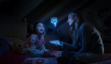 Sandra le enseña los poderes a su hija en 'Los protegidos El regreso'